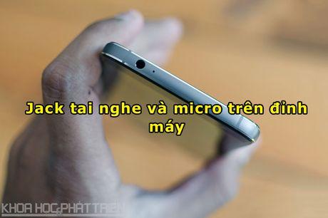 Tren tay smartphone chuyen chup anh, man hinh 2K, cau hinh 'khung' - Anh 10