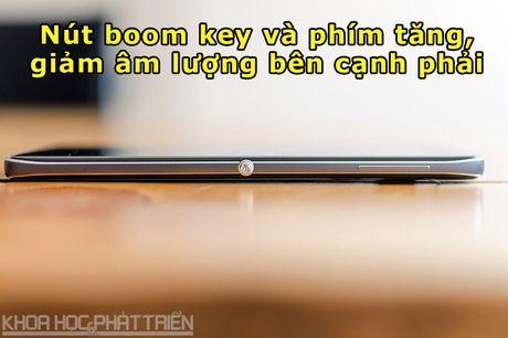 Tren tay smartphone chuyen chup anh, man hinh 2K, cau hinh 'khung' - Anh 14