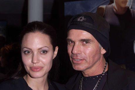 Diem lai nhung moi tinh chong vanh cua Brad Pitt va Angelina Jolie - Anh 2