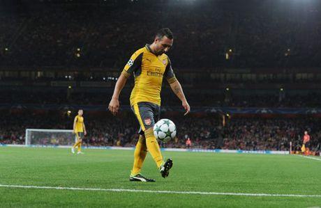 CAP NHAT tin sang 2/10: Guendogan tung tu choi gia nhap M.U. Man City muon giu Guardiola lau dai - Anh 4