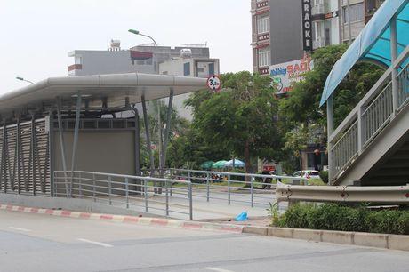 Can canh nha cho tuyen xe buyt nhanh Yen Nghia - Kim Ma - Anh 8