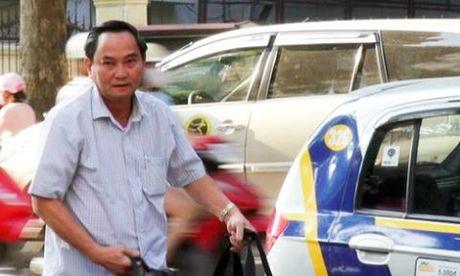 Thu truong Bo Tai chinh: ''Tu nay, toi di lam bang taxi'' - Anh 2