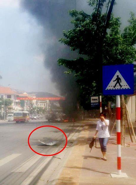 Vu no taxi o Quang Ninh: 'Toi tuong no cay xang' - Anh 2