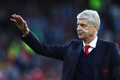 5 diem nhan sau tran Burnley 0-1 Arsenal: Bo mat ung cu vien - Anh 1