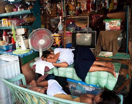Ngot ngat cuoc song chen chuc o thu do Manila - Anh 4