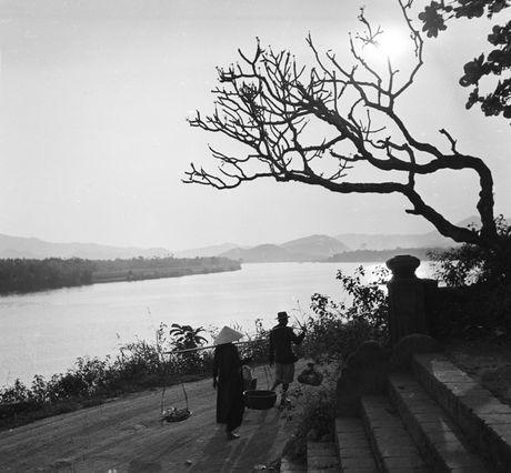 Hinh anh tuyet voi ve xu Hue dau thap nien 1950 - Anh 2