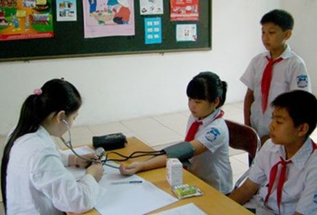 TP HCM: Kham suc khoe dinh ky cho 100% hoc sinh it nhat 1 lan/nam - Anh 1