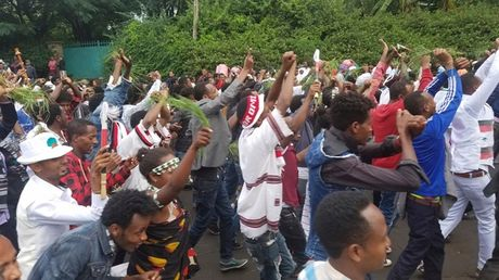 Dam dap o le hoi Ethiopia, hon 50 nguoi chet - Anh 1