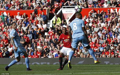 'Nguoi dac biet' cho rang M.U da co the thang 6-0 - Anh 2