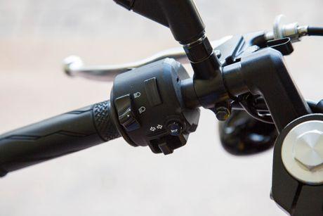 Yamaha XV 950 Racer ABS phien ban ky niem 60 nam - Anh 13