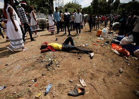 It nhat 50 nguoi chet vi giam dap o Ethiopia - Anh 1