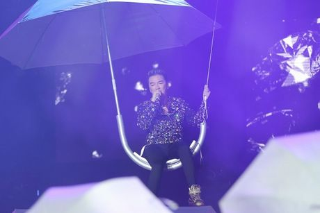 Man nhan voi Liveshow 12 ty cua Dam Vinh Hung - Anh 15