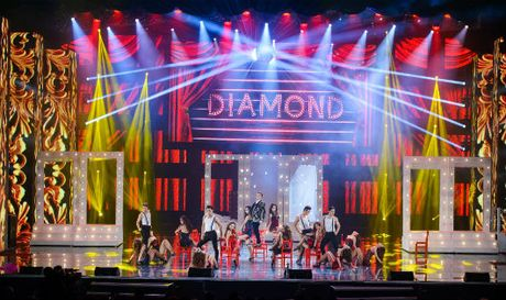 Man nhan voi Liveshow 12 ty cua Dam Vinh Hung - Anh 1