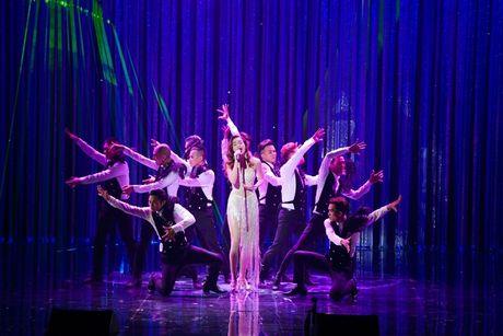 Man nhan voi Liveshow 12 ty cua Dam Vinh Hung - Anh 6