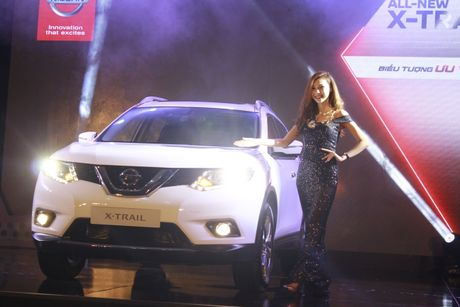 'Dot mat' chan dai ben chiec crossover Nissan X-Trail 2016 - Anh 2