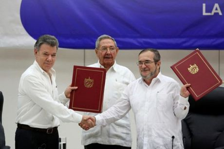 Thoa thuan hoa binh lich su do vo tai Colombia - Anh 2