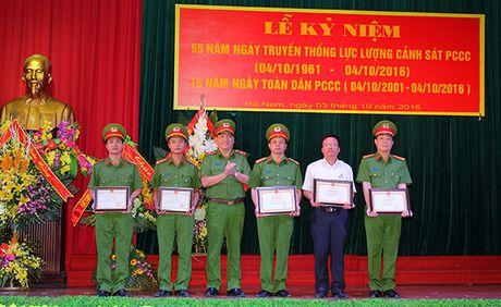 Ha Nam ky niem ngay truyen thong Luc luong Canh sat PCCC - Anh 2