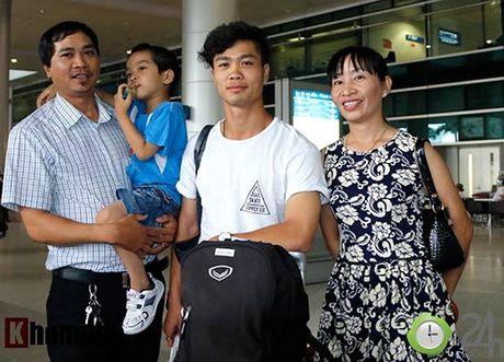 Fan nu xinh don Cong Phuong, Tuan Anh deo khau trang bi an - Anh 7