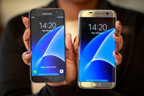 Khach hang Viet co the doi iPhone cu lay Galaxy S7 moi gia cuc soc - Anh 1