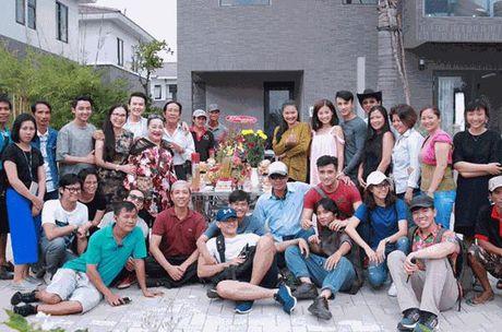 NSUT Kim Xuan tam huyet voi vai dien trong 'Co can nha nam nghe nang mua' - Anh 2
