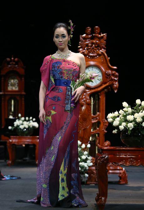 Vietnam Fashion Week Xuan He dem cuoi: Thoi gian lang dong - Anh 3