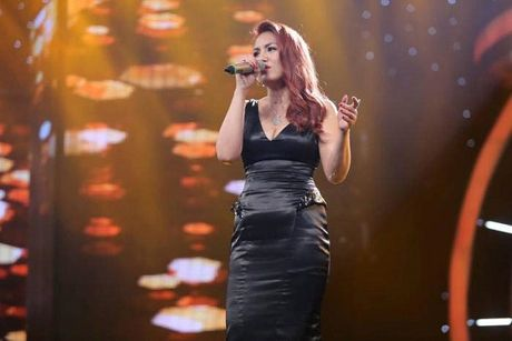"""""""Co may"""" Vietnam Idol da ngung tao """"than tuong""""? - Anh 1"""