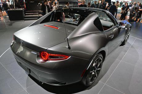 Mazda MX-5 Miata RF Launch Edition ban 2017 chi ban ra 1000 chiec - Anh 6