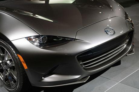 Mazda MX-5 Miata RF Launch Edition ban 2017 chi ban ra 1000 chiec - Anh 9