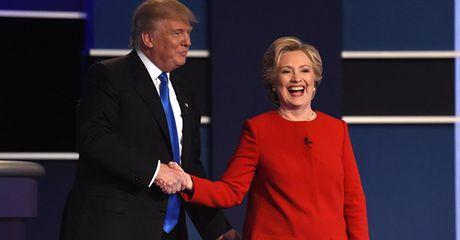 """Ty phu Trump: """"Cho phep toi noi voi cac ban, ba Clinton can phai o tu"""" - Anh 1"""