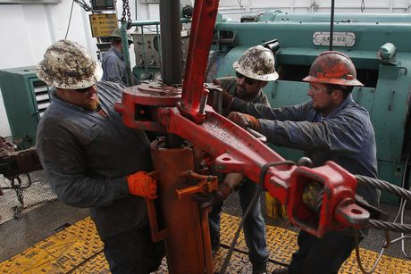 Vi sao OPEC dat duoc thoa thuan giam san luong dau mo? - Anh 1