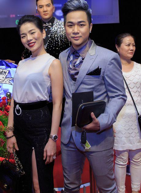 Quach Tuan Du lan dau khoe ban gai doanh nhan - Anh 6