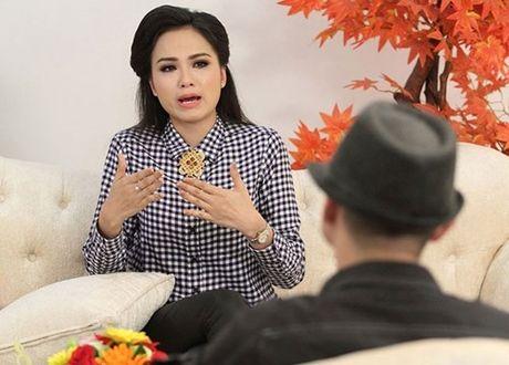 Chuyen tinh chan dai - dai gia: 'Nguoi sung tuc, ke truan chuyen' - Anh 2