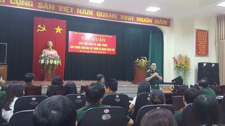 Tong cuc Chinh tri tap huan kien thuc quan su, quoc phong cho phong vien bao chi - Anh 1