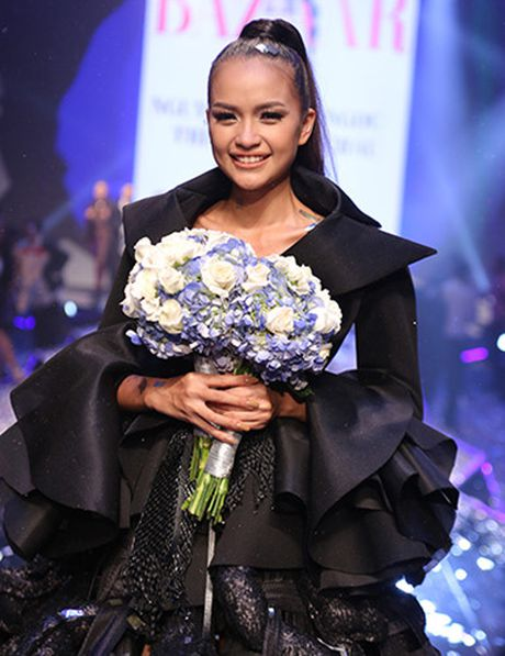 Khoanh khac dang quang Quan quan Top Model cua Ngoc Chau - Anh 2