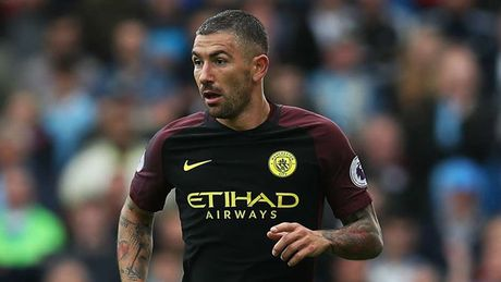 Man City 'phu xanh' doi hinh te nhat vong 7 Premier League - Anh 6