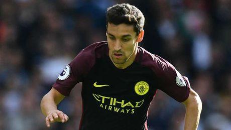 Man City 'phu xanh' doi hinh te nhat vong 7 Premier League - Anh 7