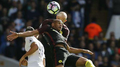 Man City 'phu xanh' doi hinh te nhat vong 7 Premier League - Anh 8