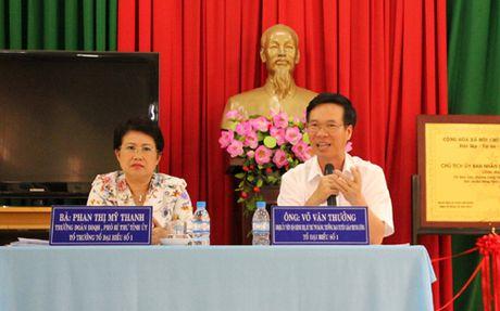 Cu tri kien nghi nhieu van de 'nong' toi Truong Ban Tuyen giao T.U - Anh 1