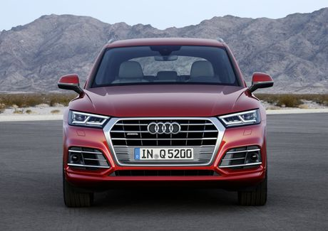 Me man mau xe sang Audi Q5 crossover SUV moi duoc nang cap - Anh 8