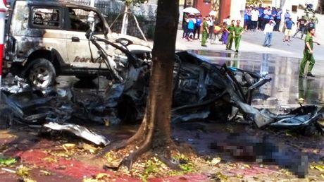 Ket qua dieu tra ban dau ve vu no xe taxi tai Quang Ninh - Anh 1