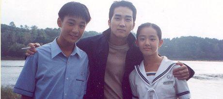 'Nguoi tinh nhi' cua Song Hye Kyo khac la sau 13 nam - Anh 3