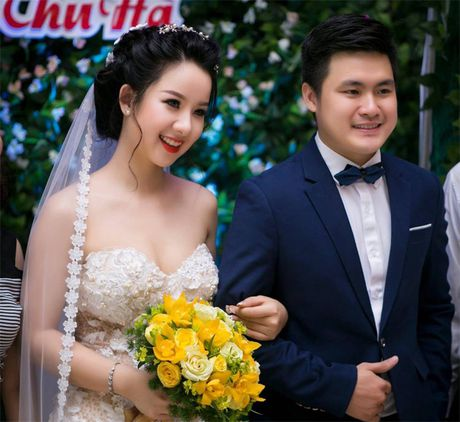 Hoa khoi Thu Ha goi cam tung cm khi lam co dau - Anh 22