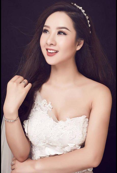Hoa khoi Thu Ha goi cam tung cm khi lam co dau - Anh 3