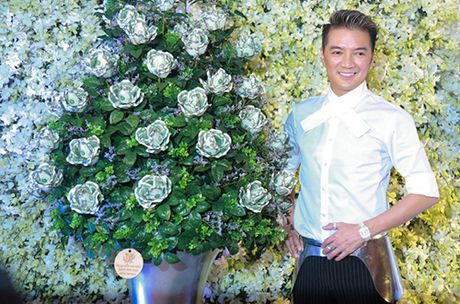 Hot tren Face 4.10: Ca chet Ho Tay dong thung xop lam gi, tram tro sinh nhat 'trang toat' cua Mr.Dam - Anh 5