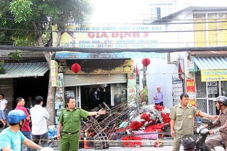 Hot tren Face 4.10: Ca chet Ho Tay dong thung xop lam gi, tram tro sinh nhat 'trang toat' cua Mr.Dam - Anh 7