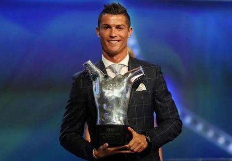 Xavi gat Messi, chon Ronaldo cho QBV - Anh 1