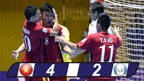 Tuyen thu Futsal Viet Nam duoc FIFA vinh danh - Anh 2