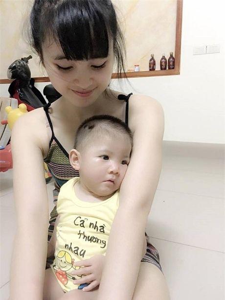 Gia the 'tien nu Lao Cai' nuoi be 14 thang nang 3,5kg - Anh 10