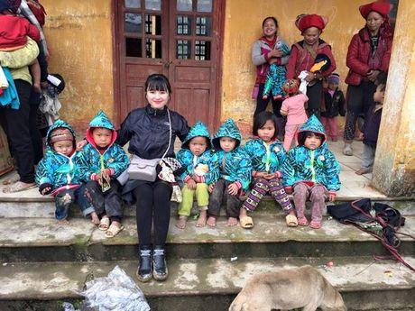 Gia the 'tien nu Lao Cai' nuoi be 14 thang nang 3,5kg - Anh 6