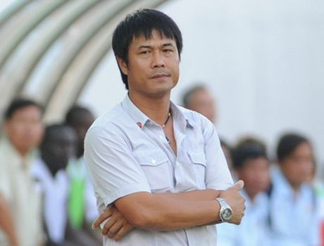 """""""Thuoc thu"""" chat luong cho thay tro HLV Nguyen Huu Thang - Anh 1"""